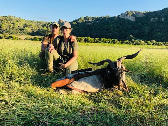 Couple Hunt